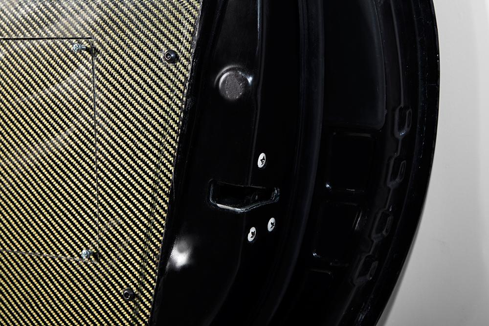 Tuer-schwarz-Detail